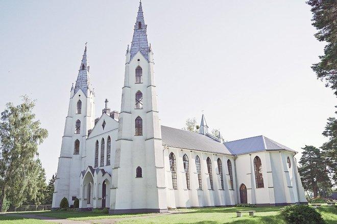Krikštonių Kristaus Karaliaus bažnyčia